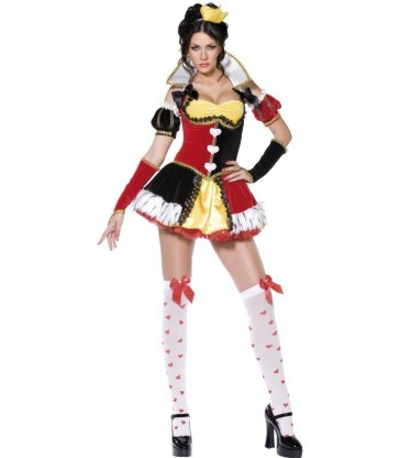 Queen of Hearts Costume2